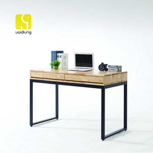 Bàn ghế văn phòng cũng cần được lựa chọn phù hợp với tính chất công việc