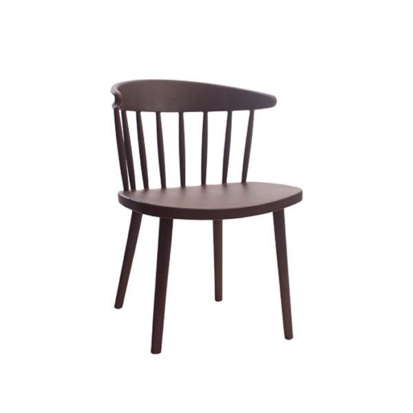 Ghế làm việc gỗ có nan gỗ song đẹp,và chắc chắn.
