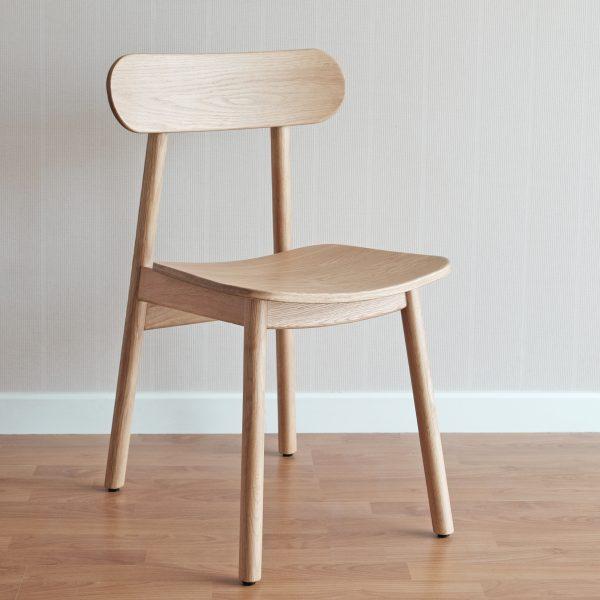 ghế gỗ bàn làm việc