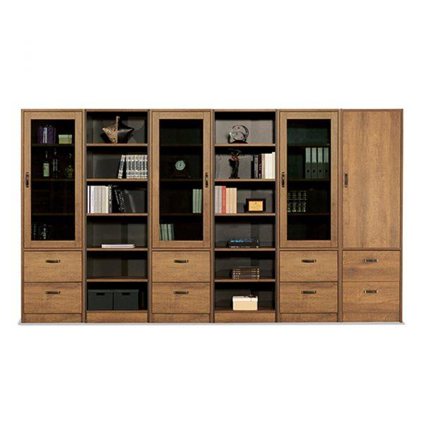 Tủ có kích thước lớn giúp bạn để được nhiều hơn, chứa đựng nhiều hơn.