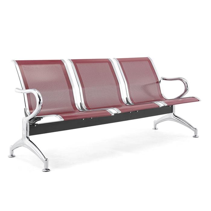 Ghế được thiết kế có tựa lưng bằng lưới, giúp khách hàng có tủ thế thoải mái khi ngồi chờ.